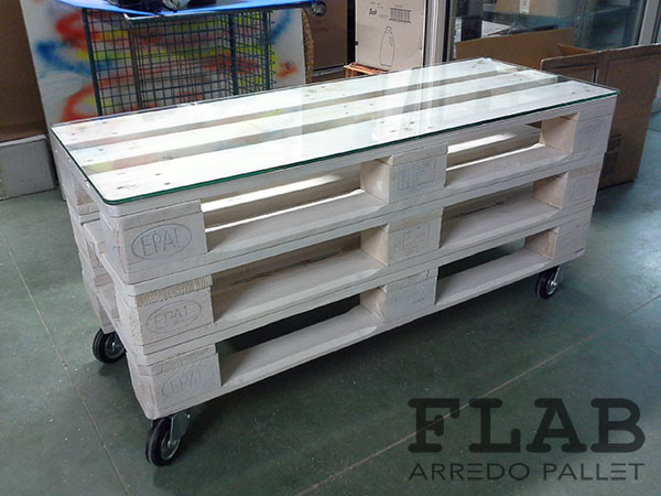 Amato Mobili Tavoli Sedie in Pallet - FLAB Arredo Pallet | Arredamento  LE02