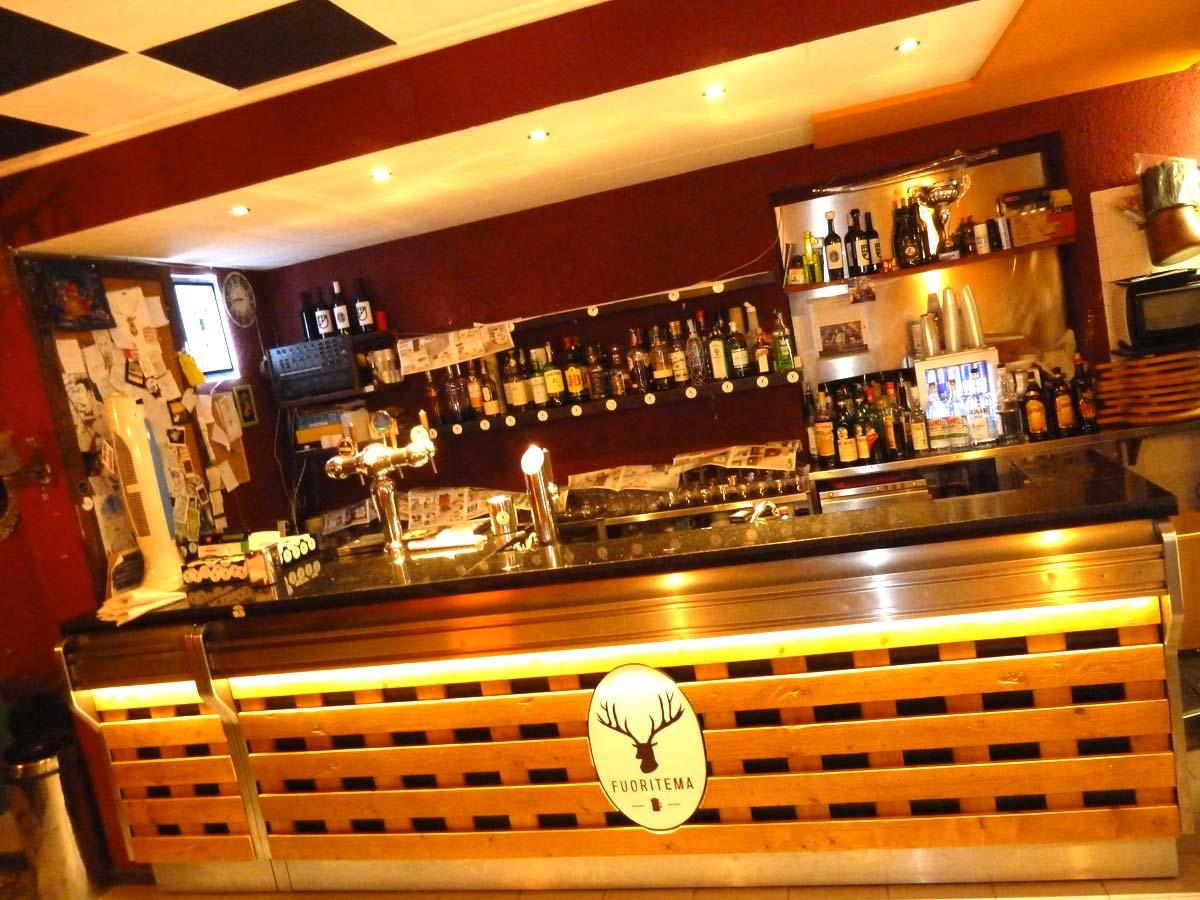 Arredamento in pallet per negozi bar e locali flab for Arredamento bar