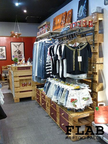 Arredamento in pallet per negozi e uffici flab arredo pallet for Negozi arredamento on line