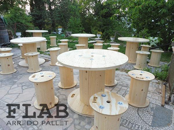 Croppo Sedie E Tavoli.Mobili Tavoli Sedie In Pallet Flab Arredo Pallet Arredamento